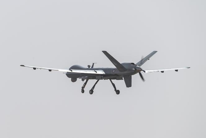 «Les militaires ne sont capables de vraie innovation qu'en cas de guerre. Chez eux, ce n'est jamais tant un problème d'innovation que d'adoption de l'innovation» (Photo: drone Reaper avec bombes laser téléguidées GBU-12, au Niger, 2019).