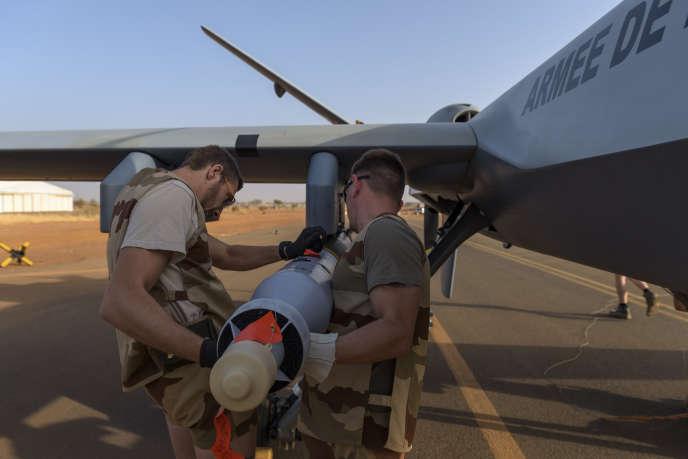 Un drone armé Reaper, sur la base militaire de Niamey, le 17 décembre 2019. Photo fournie par le ministère des armées.