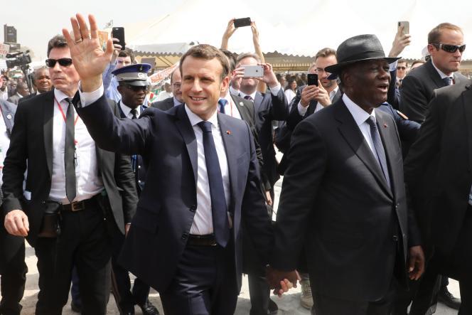 Emmanuel Macron et le président ivorien Alassane Ouattara, le 22 décembre 2019, à Bouake.