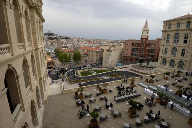 A Marseille en 2015, l'ancien Hôtel-Dieu, alors tout juste rénové en hôtel cinq étoiles.