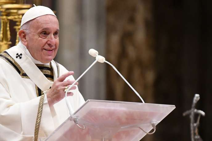 Le pape François au Vatican, le 24 décembre.