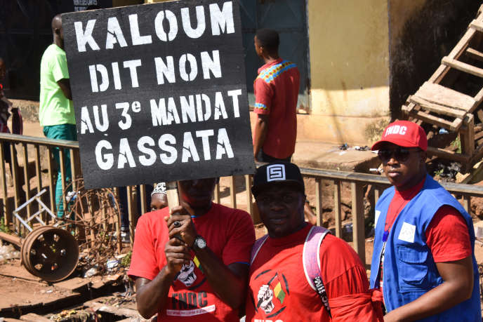 Manifestation à Conakry le 26 novembre 2019 contre la perspective d'un troisième mandat d'Alpha Condé à la présidence guinéenne.
