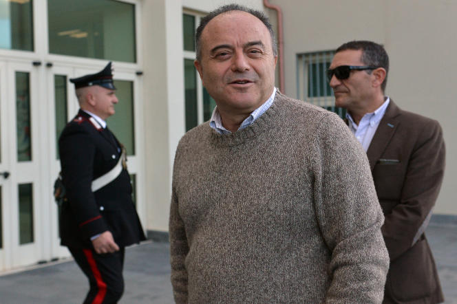 Le procureur Nicola Gratteri, magistrat anti-mafia italien, à Locri, dans le sud de l'Italie, le 10 janvier 2016.