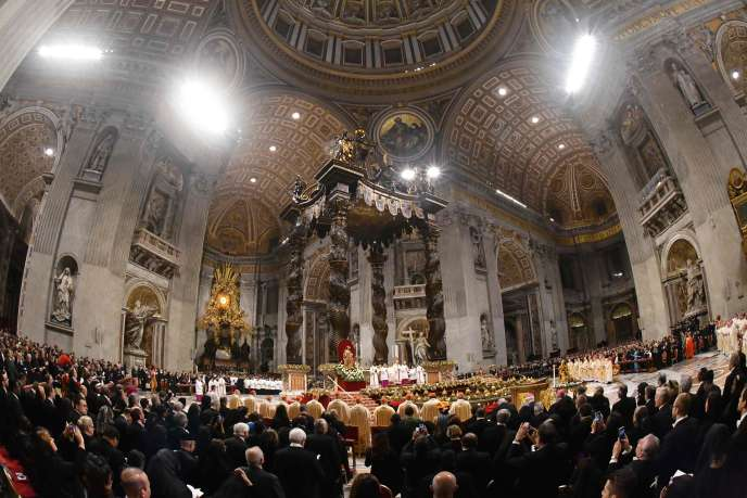 François, qui vient de fêter ses 83 ans, adressera son septième message de Noël « Urbi et orbi » (« à la ville et au monde »), mercredi en mi-journée.