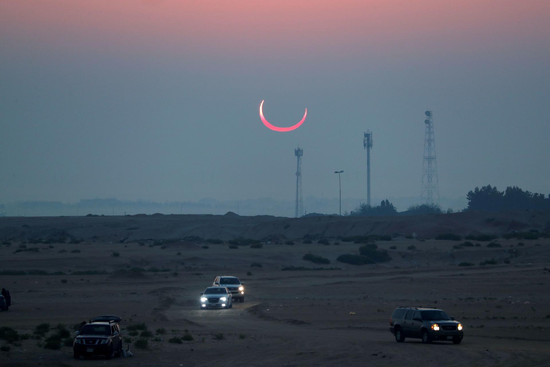 L'éclipse solaire vue d'Al-Hufuf, dans l'est de l'Arabie saoudite, le 26 décembre.