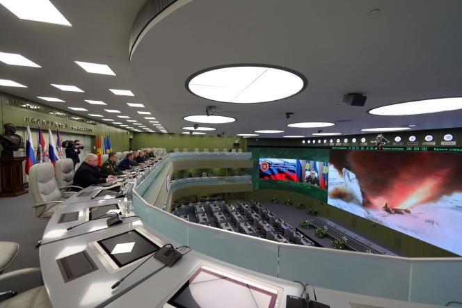 Le centre de contrôle du ministère de la défense, lors du test du missile hypersonique Avangard à Moscou, le 26 décembre 2018.