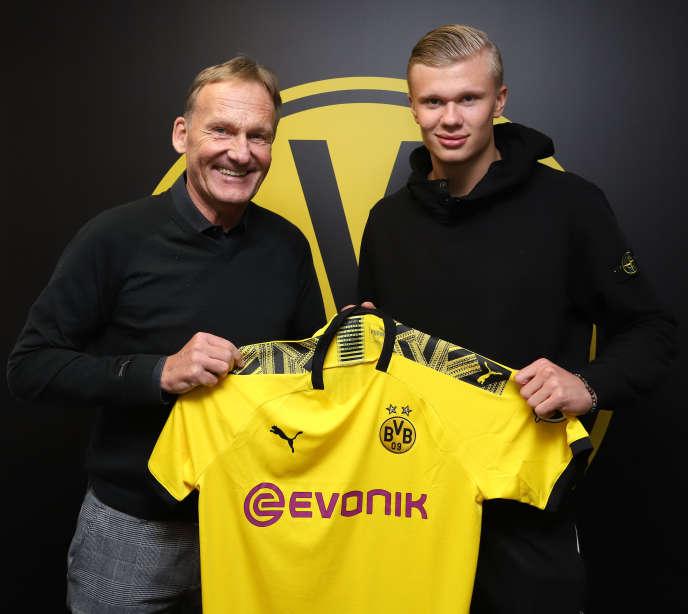 Le Borussia Dortmund a signé l'attaquant norvégienErling Haaland lors de ce mercato d'hiver.