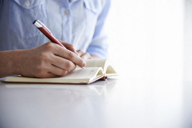 Perpétuels ou non, ces journaux intimes, guidés dans leur écriture, sont accessibles à toutes les plumes.