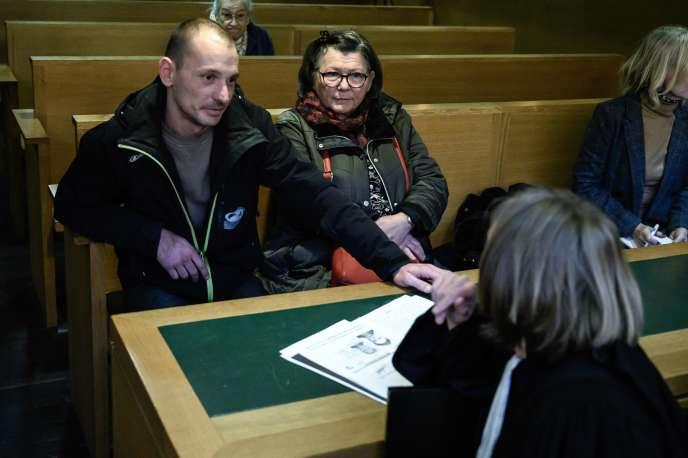 Pierre-Emmanuel Germain-Thill, l'une des deux victimes de l'ancien prêtre Bernard Preynat opposées à la publication de leur témoignage dans un livre, au tribunal de Lyon, le 30décembre2019.