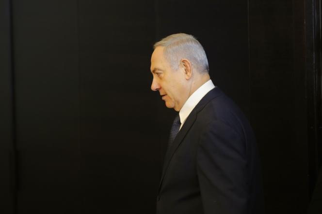 Le premier ministre israélien, Benyamin Nétanyahou, demande à la Knesset (Parlement) l'immunité parlementaire, le 1er janvier, à Jérusalem.