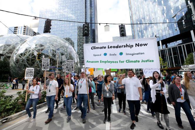 Des salariés d'Amazon manifestent contre l'impact climatique du groupe américain, à Seattle (Washington), le 20 septembre 2019.