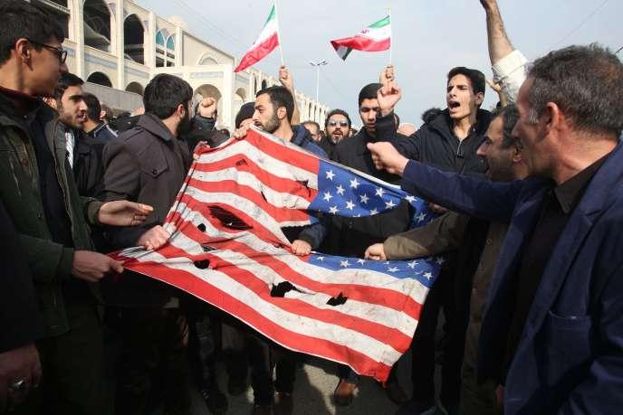 Manifestation, vendredi 3janvier, à Téhéran, contre la frappe américaine qui a tué Ghassem Soleimani la veille.