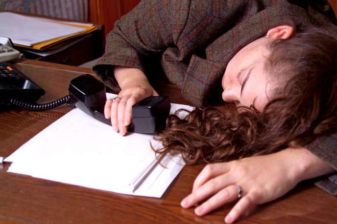 La sieste au travail permettrait de rebooster l'organisme pour la fin de la journée.