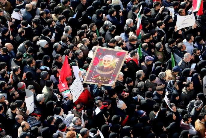 Cortège funèbre en hommage au général Soleimani, le 6 janvier 2020, à Téhéran.