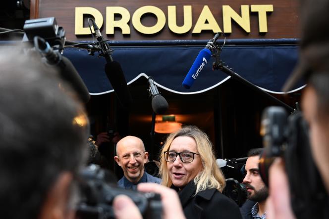 Virginie Despentes devant le restaurantDrouant, à Paris, le 4 novembre 2019.