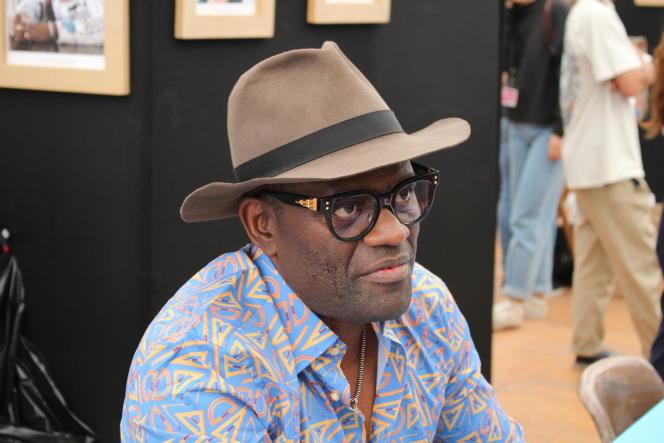 L'écrivainAlain Mabanckou, au Livre sur la place, Nancy, 2018.