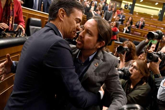 Pedro Sanchez et Pablo Iglesias, le 7 janvier au Parlement, à Madrid.