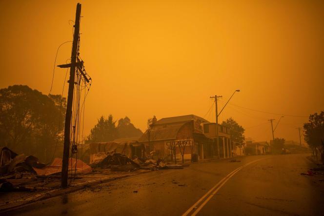 Lors des incendies en Australie, à Cobargo, le 31 décembre 2019.