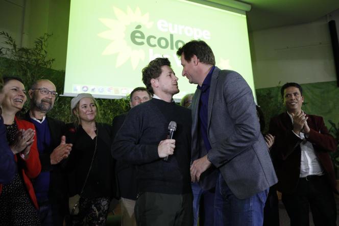 Julien Bayou, secrétaire national, et Yannick Jadot, député européen, lors du congrès d'Europe Ecologie-Les Verts,à Saint-Denis (Seine-Saint-Denis), en novembre 2019.