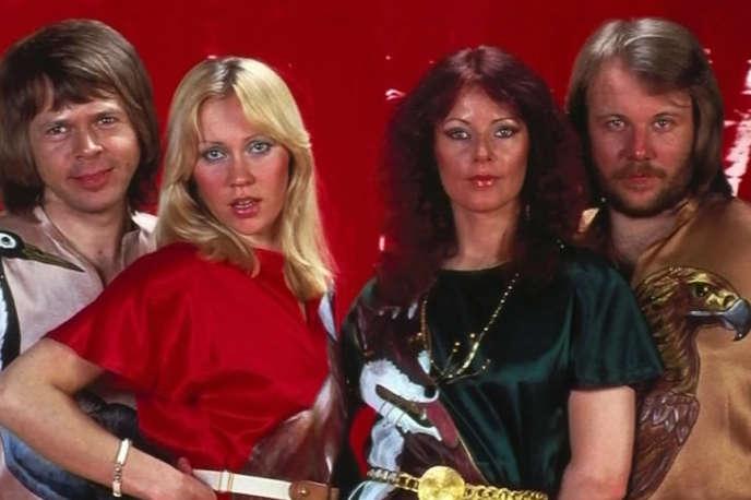 Le groupe Abba, avec de gauche à droite : Björn Ulvaeus, Agnetha Fältskog, Benny Andersson et Anni-Frid Lyngstad.