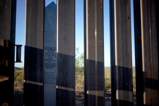Le 30 avril 2019, un aperçu de la barrière installée sur la frontière entre les Etats-Unis et le Mexique, près de Santa Teresa, au Nouveau-Mexique.