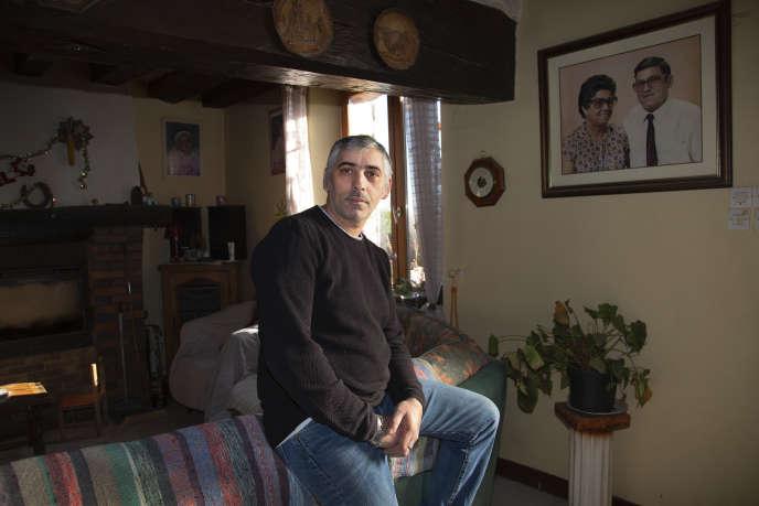 Victor Costa, à Villeneuve-les-Genêts, dans l'Yonne, le 7 janvier.