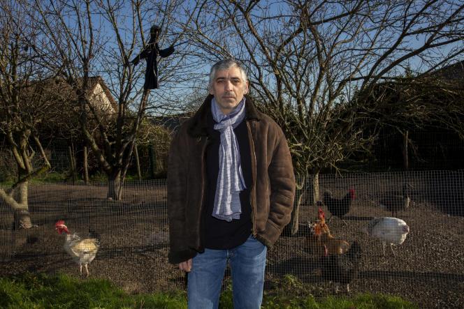 Victor Costa loge dans la maison de ses parents, àVilleneuve-les-Genêts, dans l'Yonne, le 7 janvier.