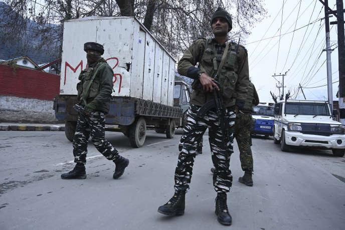 Visite d'une délégation étrangère sous surveillance à Srinagar, le 9 janvier 2020.