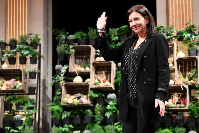 Anne Hidalgo, lors de ses vœux, à Paris, le 10 janvier.