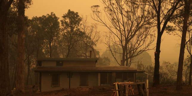 Australie : «Soudain, le vent a repoussé l'incendie. Comme par miracle, notre ville a été épargnée»