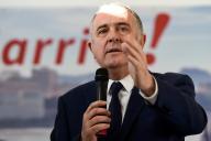 Le ministre de l'agriculture, Didier Guillaume présentant sa candidature à la mairie de Biarritz, le 11 janvier.