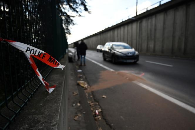 Le fonctionnaire de police avait été volontairement fauché par le conducteur d'un fourgon au cours d'une intervention dans la nuit du 11 au 12 janvier, à Bron près de Lyon.