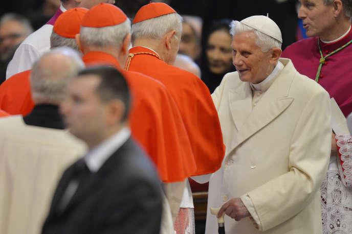 Le pape émerite Benoît XVI le 14 février 2015, à la basilique Saint-Pierre de Rome.
