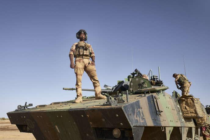 Soldats de l'opération française « Barkhane», en novembre 2019 dans le nord du Burkina Faso.