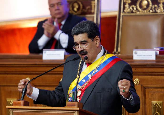 Le président vénézuélien, Nicolas Maduro, le 14 janvier devant l'assemblée nationale constituante à Caracas.