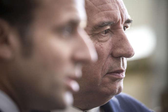 François Bayrou et Emmanuel Macron, à Pau, lors de la visite du président de la République, le 14 janvier 2020.