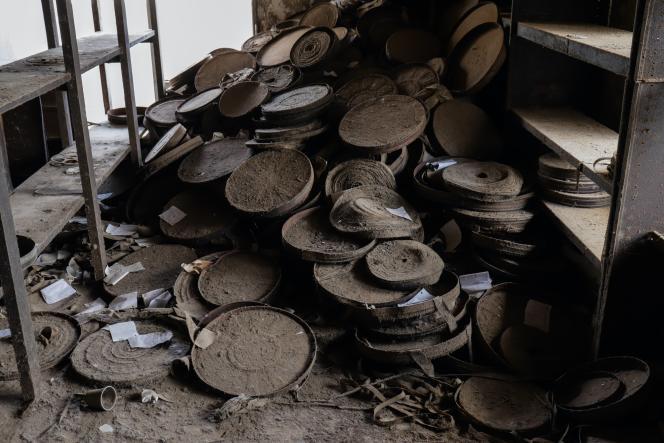 C'est en novembre 2009 que les Italiens Tiziana Manfredi et Marco Lena ont découvert par hasard les 5900bobines abandonnées dans un bâtiment du ministère de la culture où ils étaient venus chercher un permis de tournage.
