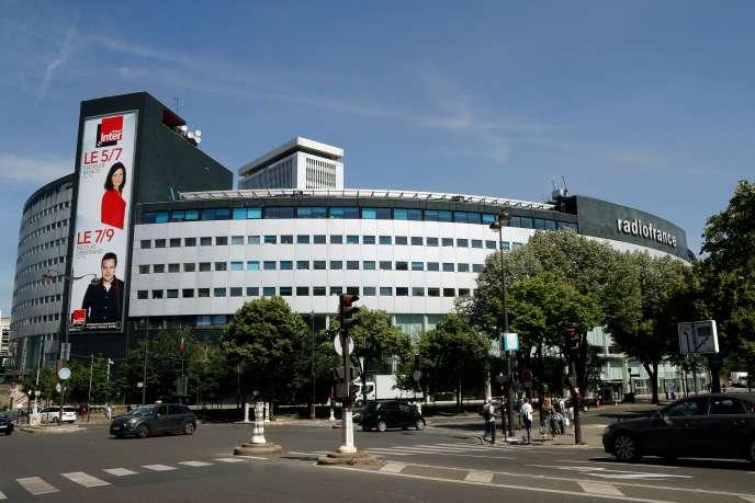 La Maison de la radio, bâtiment conçu par Henry Bernard qui abrite aujourd'hui la radio du service public, àParis, en juin2019.