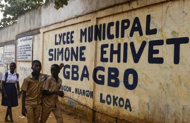 Le lycée Simone Ehivet Gbagbo de Yopougon, quartier d'Abidjan, où Laurent-Barthélémy Ani Guibahi était élève en classe de 4e, le 10 janvier.