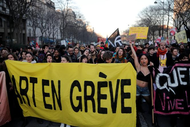 La bannière du collectif Art en grève, lors de la manifestation parsienne du 16 janvier.