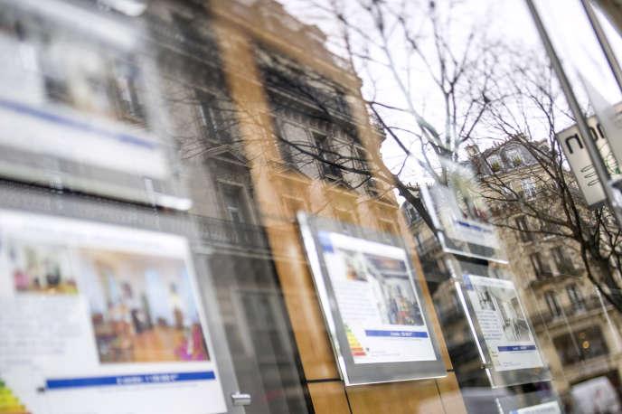 Une agence immobilière parisienne, en 2013.
