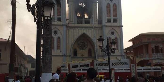 Guinée équatoriale : important incendie à la cathédrale de Malabo