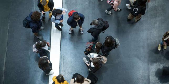 Avec Parcoursup en ligne de mire, les lycéens déboussolés face au choix des spécialités