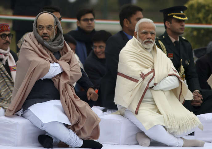 Le ministre de l'intérieur indien, Amit Shah, et le premier ministre, Narendra Modi, à New Delhi, le 25 décembre 2019.