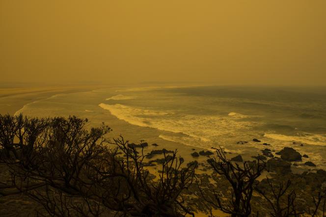 La plage de Bastion Point, à Mallacoota, le 13 janvier.