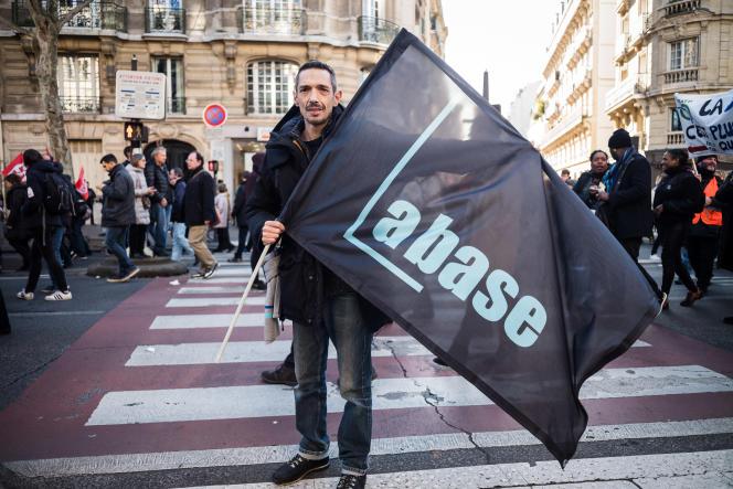 Lors de la sixieme journée de mobilisation interprofessionnelle contre la réforme des retraites, le 16 janvier.