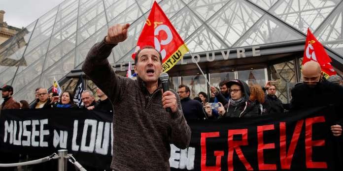 Réforme des retraites : le musée du Louvre fermé en raison d'un blocage par l'intersyndicale