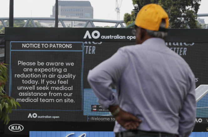 Les règles relatives à la qualité de l'air, annoncées par la direction de l'Open d'Australie, s'appliqueront à tous les matches en extérieur et dans les courts à toits rétractables.