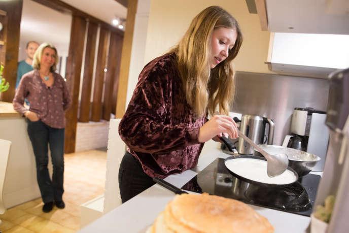 A Paris, les étudiants quittent le domicile familial plus tardivement.
