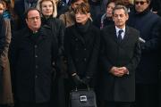 François Hollande, Carla Bruni et Nicolas Sarkozy, le 8 décembre 2017, aux Invalides, lors des obsèques de Jean d'Ormesson.